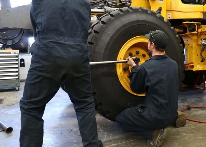 mantenimiento maquinaria pesada